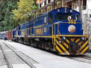 train machupicchu