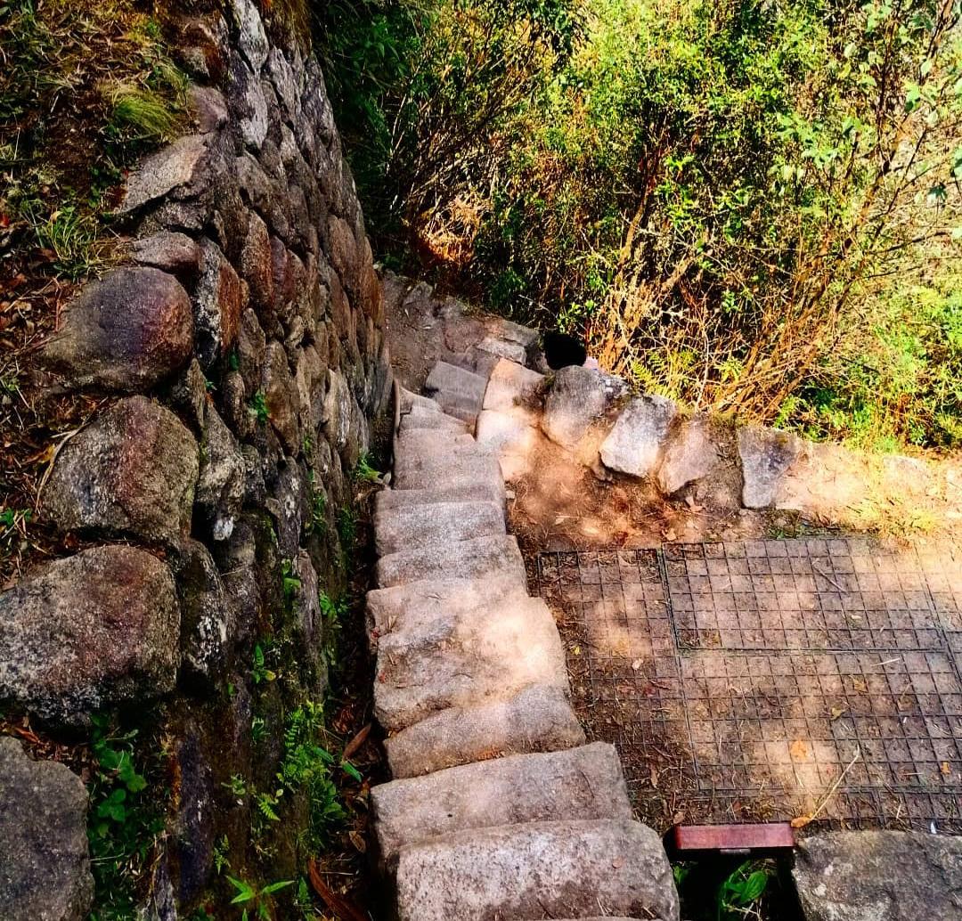 trek huayna picchu